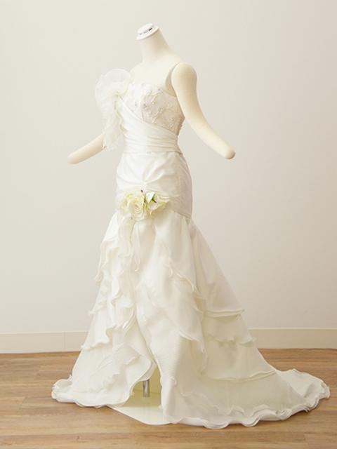 白ドレス04